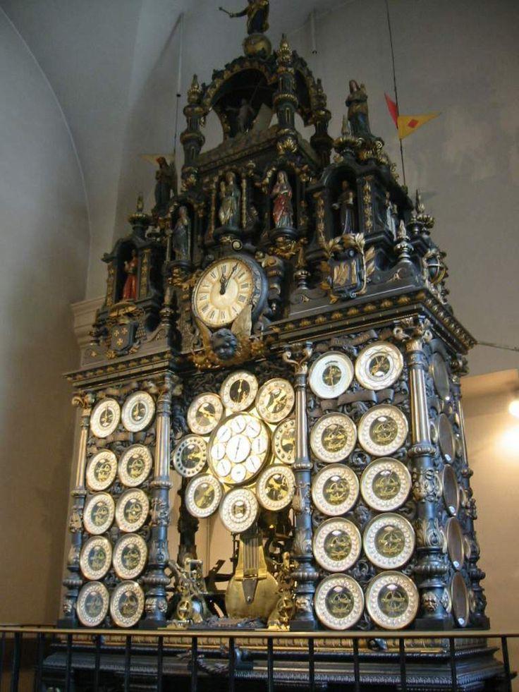 L'Horloge astronomique de la cathédrale Saint-Jean de Besançon