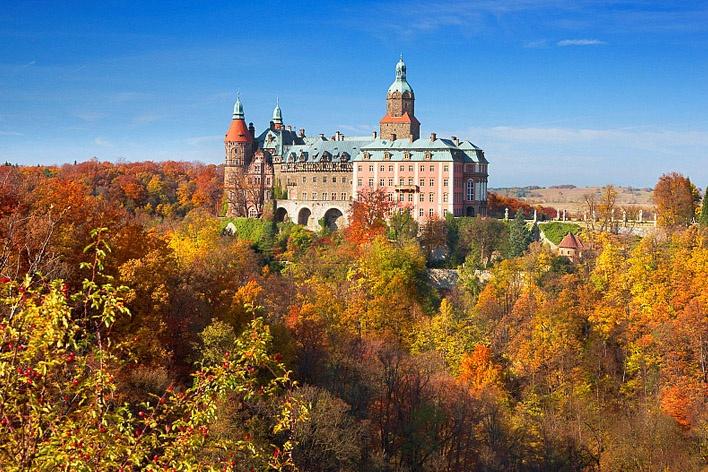 Dolny Śląsk: 2-4 dni dla 2 osób w Hotelu Przy Oślej Bramie*** na terenie Zamku Książ w Wałbrzychu  http://travel.groupon.pl/d-13535807-Dolny-Slask-Walbrzych