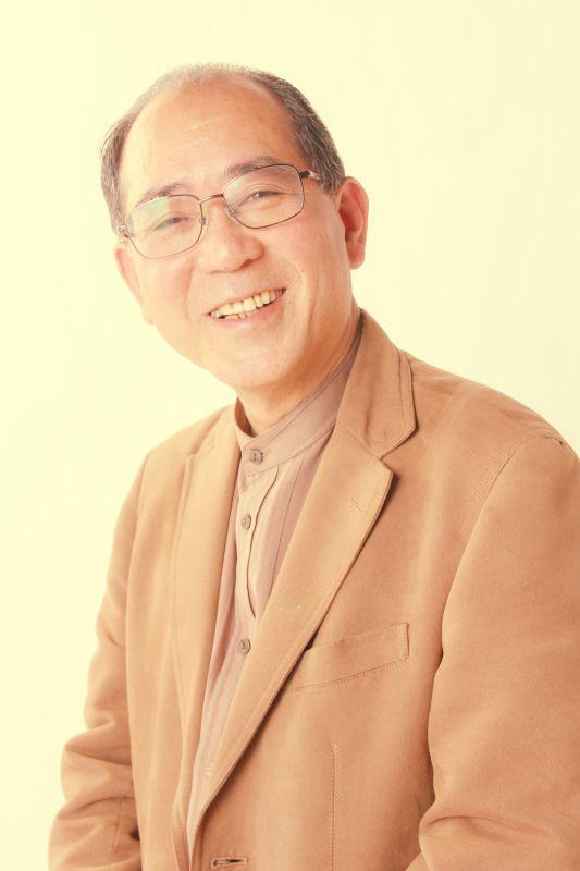 ゲスト◇柳瀬桐人(Kirito Yanase)写真家。大分県出身。(社)日本広告写真家協会会員、日本写真芸術学会会員。各企業のポスターや、新聞・雑誌・広告等の広告写真を中心に活動。最近では資 源ゴミを現代アートとしてとらえた作品を、美術館などで発表。また、写真教室の講師等でアマチュアの指導を精力的に行なっている。