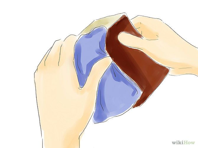 """Make Natural Outdoor Fly Repellent with Essential Oils Step 1 ...........Clean out a small tin with a lid. This will be the """"home,"""" for your repellent. Take a clean piece of cloth or a small piece of dish sponge able to fit into the container."""
