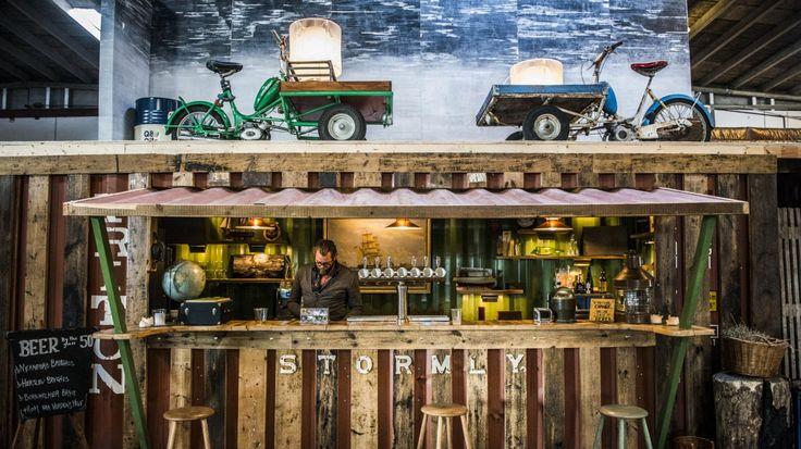Københavns mekka for folkelig gademad ligger på en kunstig ø.
