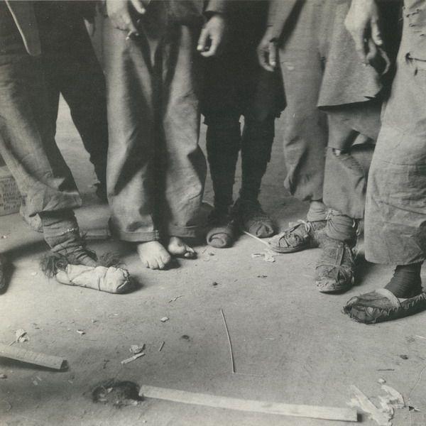 Επιστροφή ομήρων του ΕΛΑΣ.  Αθήνα, 22 Ιανουαρίου 1945