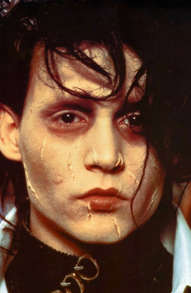 johnny depp as edward scissorhands The very first tim burton/johnny depp collaboration remains one of their best over 20 years later edward scissorhands is a sort of.