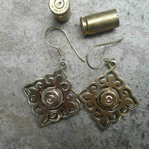 Angkor bullate earing hand made by home-based producers groups of Angkor bullate jewellery. CAMBODIA.