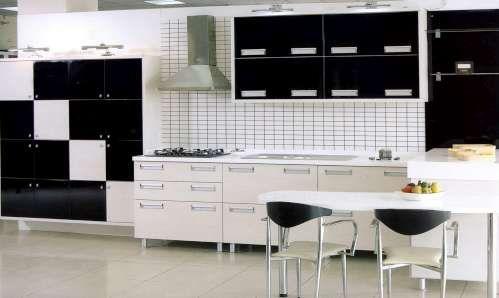 Siyah beyaz mutfaklar... http://www.guzeldekorlar.com/siyah-beyaz-mutfak