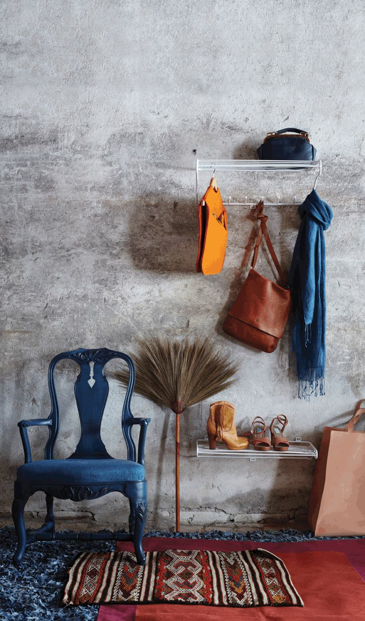 Hat Rack, Mitten Shelf and Shoe Shelf, grey. Products from the Kolte Series for your hat, clothes, mittens and shoes. Powder coated metal wire, designed by Olof Kolte.