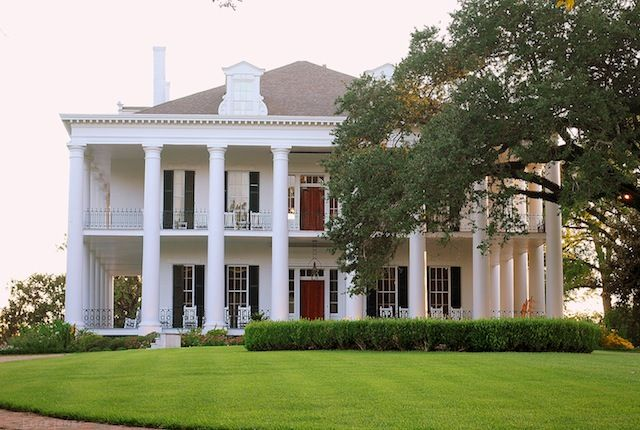 Pin by ev gould on southern plantation home pinterest for Plantation columns