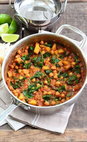 This Chickpea and Spinach Curry is packed full of flavour and is so quick and easy to make.