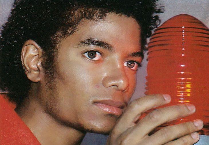 "429 mentions J'aime, 19 commentaires - Michael Jackson 🌍 (@yourbuttsmine) sur Instagram: ""⤴️ random pic in hd of Michael 🌸 #michaeljackson #kingofpop #king #famous #love #music #singer…"""