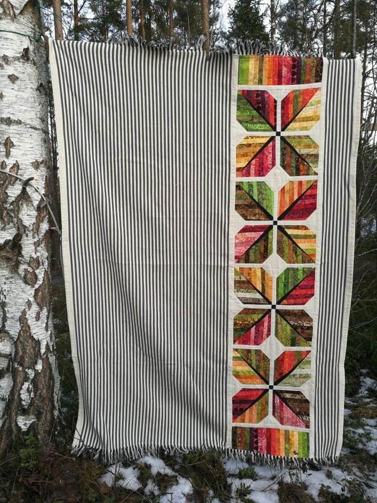 Jag testar att sy min quilt av lövblock på en förtvättad pläd i 100% bomull.  Julklapp till min syster Jenny, julen 2017. Leaf, leafblock, quilt.