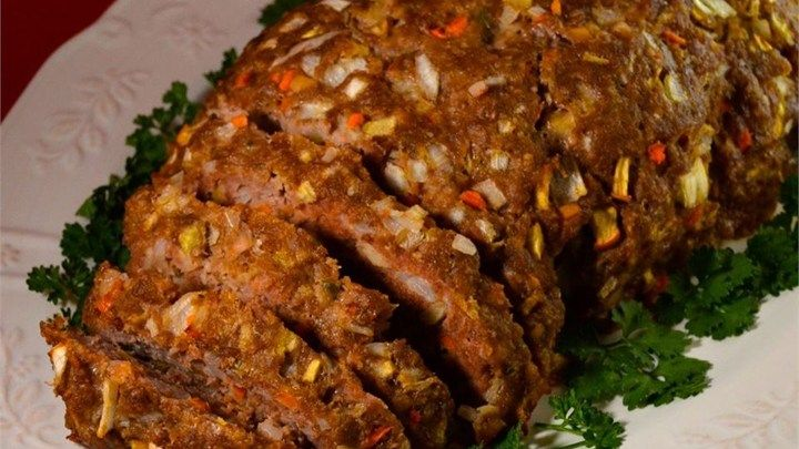 This vintage recipe for meatloaf is accented with apple, carrot, and onion.