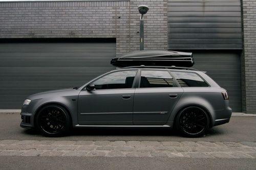 matte Audi A4 Avant RS