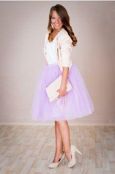 Dámská tylová TUTU sukně fialová tyl spodní neprůhledná vrstva ze saténu 3 vrstvy pevnějšího tylu pro požadovaný objem vrchní 2 vrstvy z jemného tylu příjemného na dotek http://www.miabella.cz/