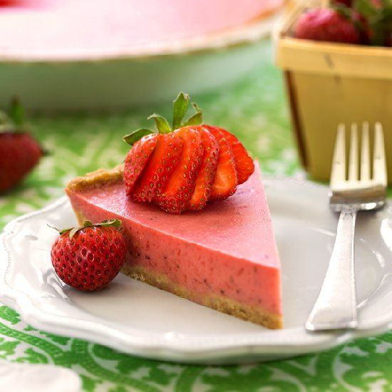 Vegan Strawberry Cream Pie