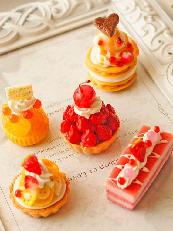スイーツデコパーツ(H024) 5個入り フルーツタルト、チェリータルト、ミルフィーユ、苺ケーキなど