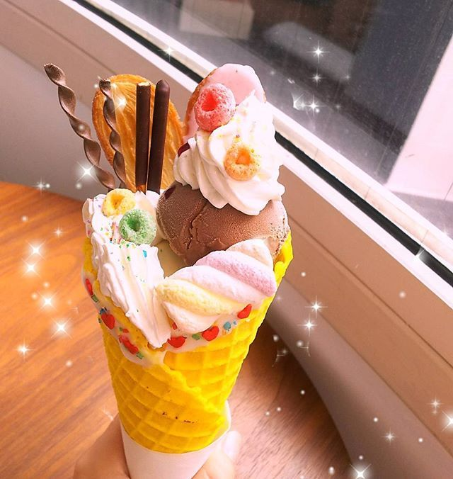 . 最近、甘いのばっかり✨笑 可愛くて、美味しかったー✨ . 今日、いい事あって嬉しい . . #デコパ #かわいい #カフェ巡り #幸せのレシピスイート