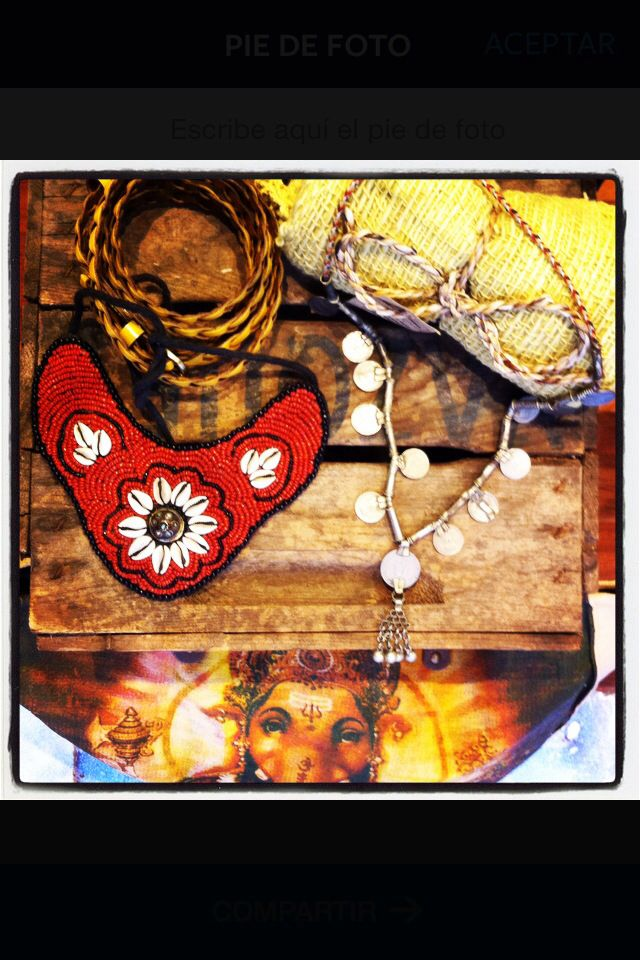 Ethnic accesories @cardamomboutique  ganesha bag, vintage necklace