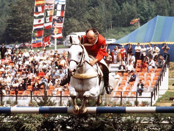 Jim Elder du Canada monte Raffles II aux sports équestres aux Jeux olympiques de Montréal de 1976. (Photo PC/AOC)