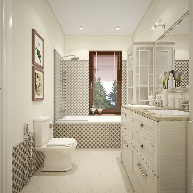 Окно в ванной снабжено деревянными жалюзи.