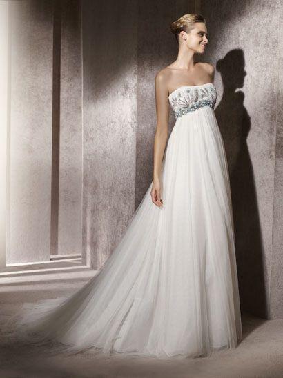 Robe de mariée Pronovias 2012