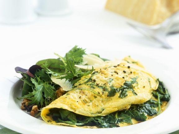 Spinat-Omelette mit Salat und Parmesan!