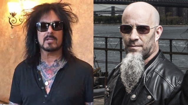 NIKKI SIXX, SCOTT IAN, RUDY SARZO To Perform AC/DC's Entire 'Powerage' Album At 'A Tribute To Bon Scott'