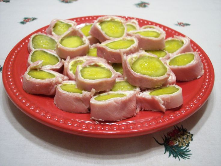 Pickle Wraps for Food Friday at annakatrinaartistry.com