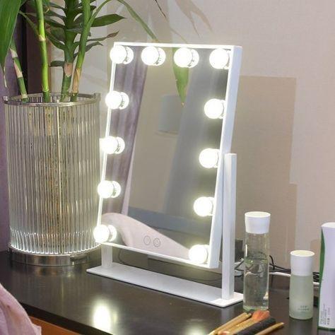 Зеркало для макияжа - Интерьер, текстиль и ковры во Владивостоке