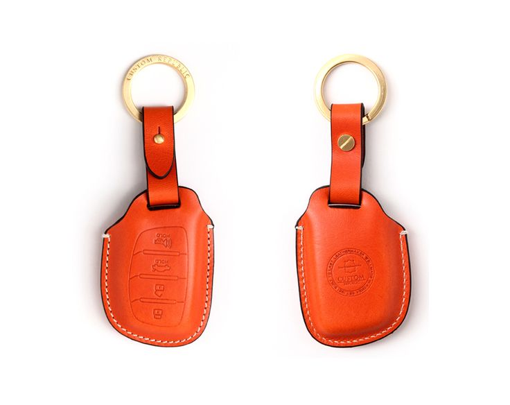 Hyundai_kia 4button smart Handmade Buttero Leather Smart Key Cover/Case   -Handmade by: Custom Republic  -Leather: Vegetable leather from Conceria Walpier & Vera Pelle -Attachment pieces: 18K gold satin coating - Colors: natural, yellow, orange, brown, navy, and camouflage -Thread & Stitching: Serafil (from Germany)  -Measurement: 6cm x 15cm