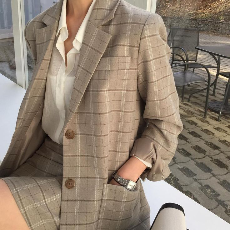 Fashion | Fashion outfits | Fashion ideas | Checked outfit | Checked blazer | Checked trousers | – |  #white #shirt #checkedcoord #blazer #skirt #chec…