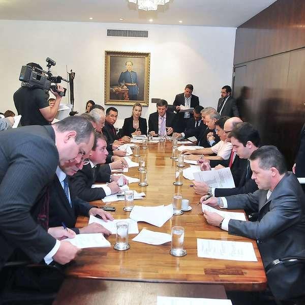 RS: deputados aprovam aposentadoria especial para si mesmos