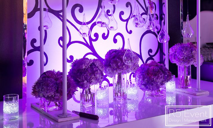 Stunning floral arrangements by R5 Event Design