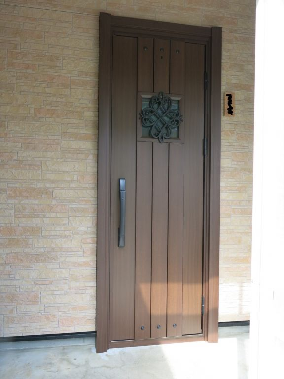 リフォーム玄関ドア工事 A様邸 総建装 玄関ドア Ykkap