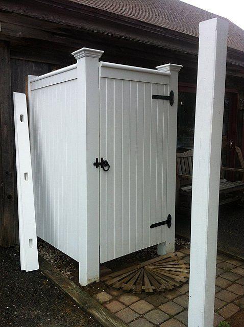 Best 25 outdoor shower enclosure ideas on pinterest for Outdoor shower doors