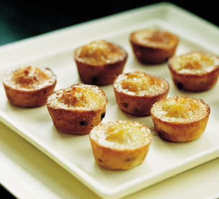 Financiers recipe, Gordon Ramsay, BBC Good Food. The flour in this recipe is only used to make the cake pan non-stick...the recipe itself is gluten free.