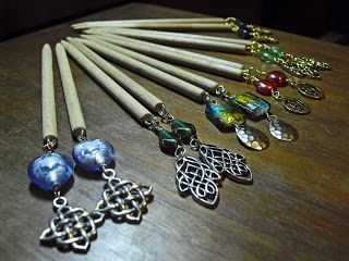How to make hairsticks - good info; small pictures ~ Wire Jewelry Tutorials