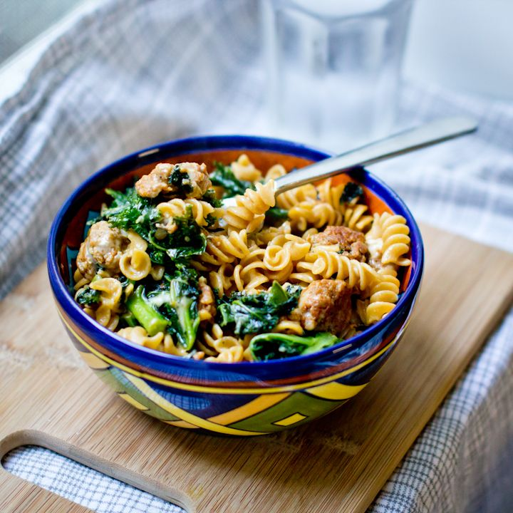 Chorizo and Kale (or spinach) Pasta Bowl