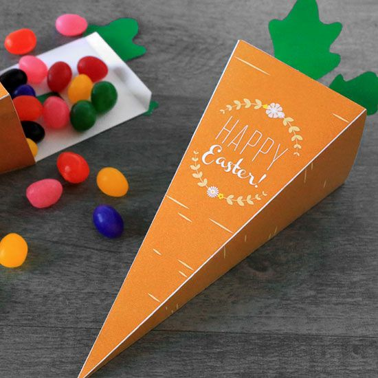 Our printable carrot treat box is perfect for delivering sweets and treats to the kids this Easter! - Everyday Dishes & DIY
