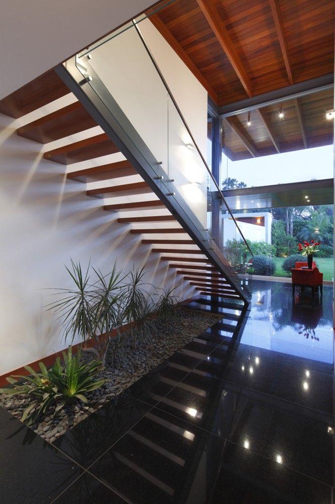 BK House / Domenack Arquitectos
