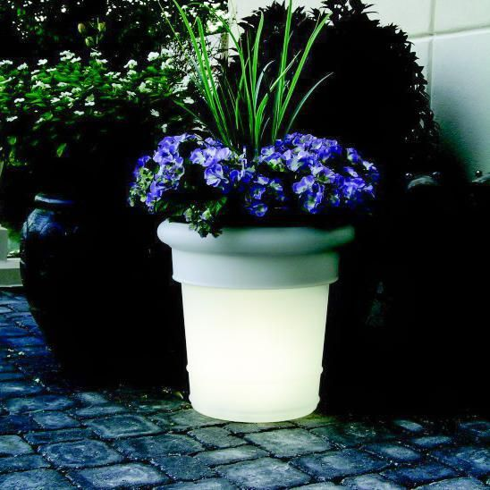 Patio Living Concepts Gardenglo Illuminated Led Solar Round Planter Frost Planters Resin Planters Outdoor Landscaping