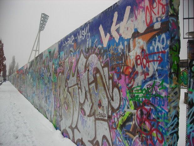 9 novembre 1989, il giorno del Muro di Berlino: la programmazione speciale Rai