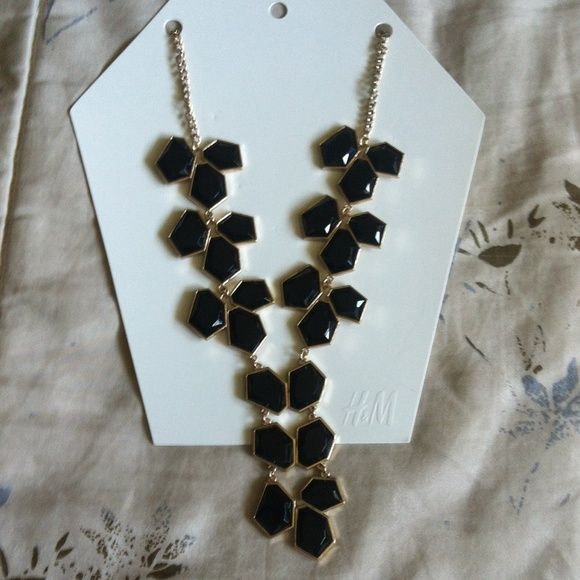Georgous H&M necklace Gold and black necklace from H&M H&M Accessories