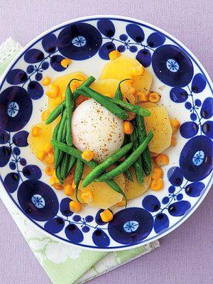 【ELLE a table】じゃがいもとさやいんげんの温玉サラダレシピ|エル・オンライン