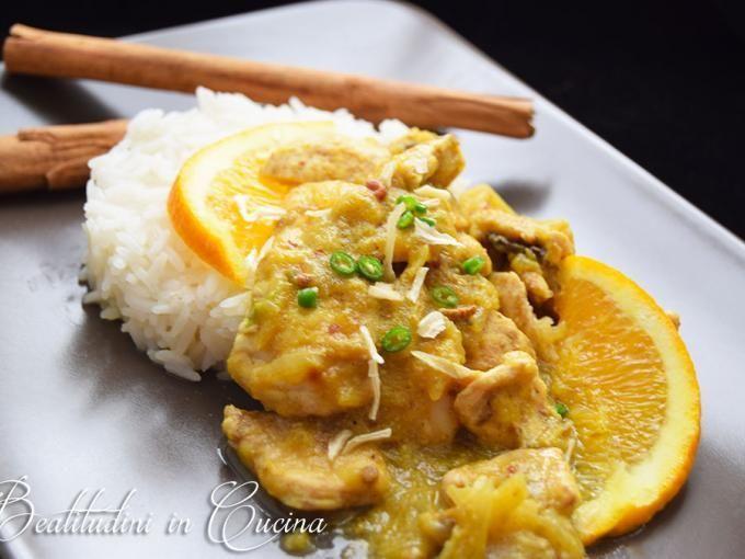 Il pollo al curry e arancia si serve con riso basmati o jasmin, ottimo accompagnamento per il sughetto che si crea durante la cottura, ottenendo così un ottimo piatto unico. - Ricetta Portata principale : Pollo al curry e arancia da Shion80