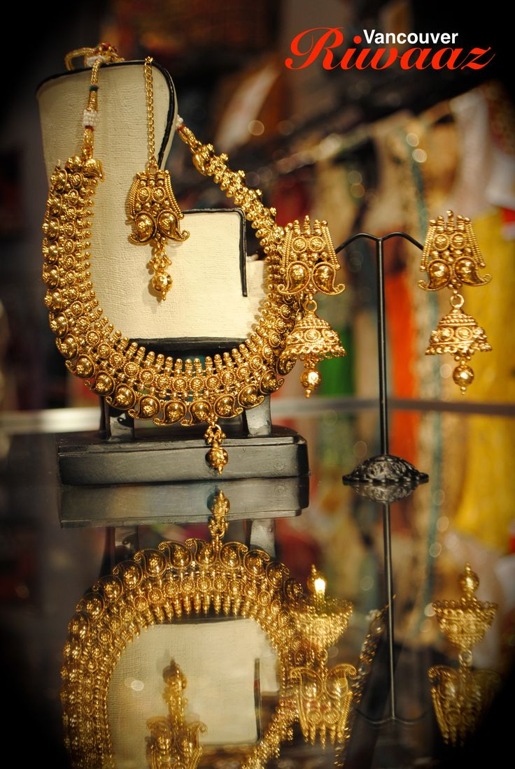 Indian Jewelry, Gold  https://www.facebook.com/riwaazvancouver