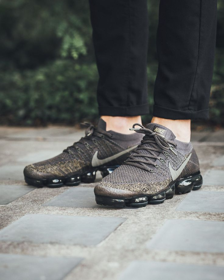 "IKELAB Air Vapormax Flyknit ""Midnight Fog/Cargo Khaki-Desert Moss"" photo by Titolo Sneaker Boutique"