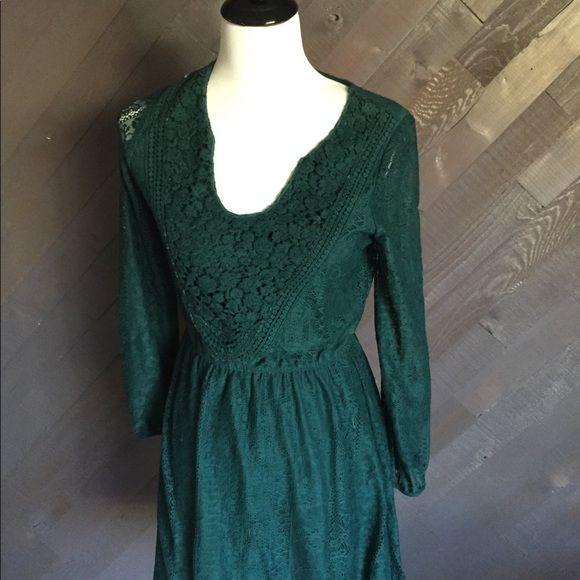 Eyeshadow Dresses & Skirts - Eyeshadow Forest Green Lace Dress
