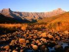 Amphitheatre Hiking / Slackpacking Trail - northern Drakensberg, KZN