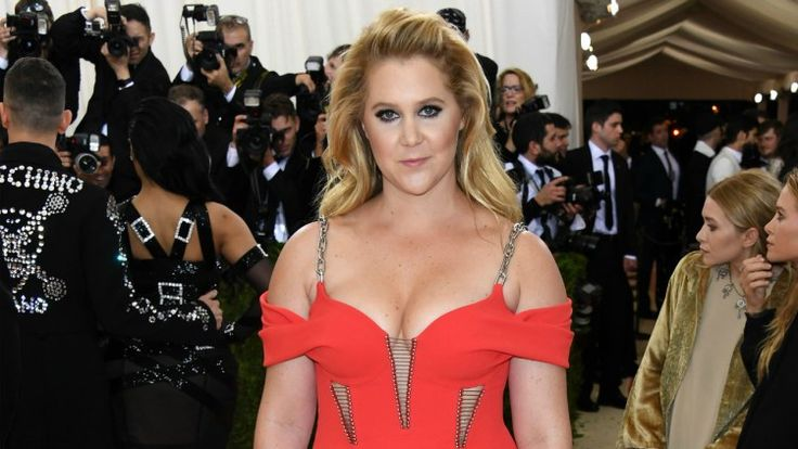 Amy Schumer Responds to Kurt Metzger's Offensive Facebook Rant About Rape