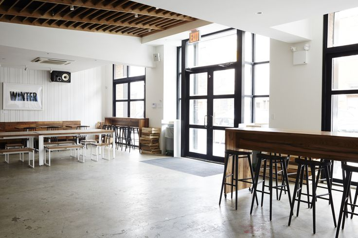 Sweetgreen recently opened their fourth NYC location on N. 4th Street in Williamsburg, Brooklyn. Madera collaborated with Sweetgreen, Leong Leong Architects and Preininger Construction Corp. to supply Reclaimed White Oak and charred Northern White Cedar for this beautiful space.